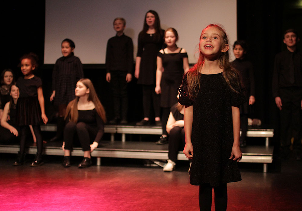 Youth Musical Theatre Classes in Nottingham